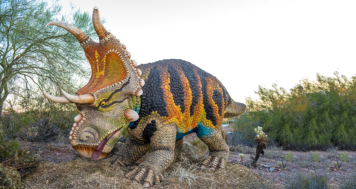 Two Dinosaur Exhibits In Phoenix What To Know About Dinosaurs The Desert And Pangaea